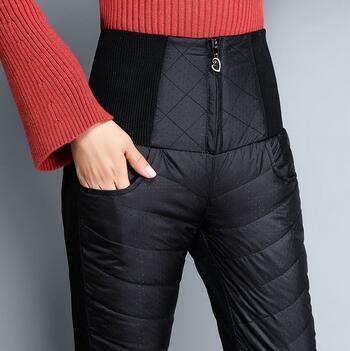 冬天保暖裤怎么选 驼绒裤好还是羽绒裤好